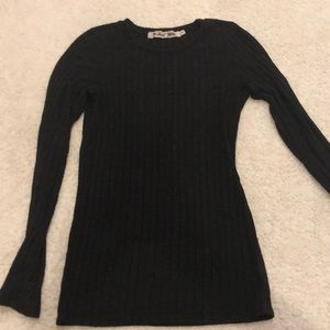 Michael stars black ribbed pullover top